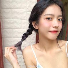 Korean Boys Ulzzang, Korean Girl, Asian Girl, Ulzzang Hair, Thing 1, Makeup For Beginners, Everyday Makeup, Asian Beauty, Cute Girls