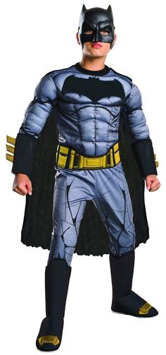 Description #620562 Includes: - Padded jumpsuit with 3D gauntlets - 3D boot tops - belt - cape - mask Sizes: S(4-6), M(8-10), L(12-14)