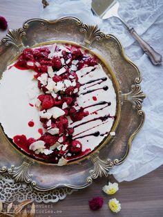 Vegan Cheesecake w Lemon Cest, Raspberries & Coconut Chips | 100 KITCHEN STORIES