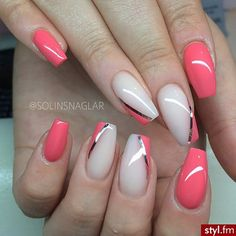 Nails play an important role in a woman's appearance. When Giving your nails makeup for Summer, most women will have a hard time choosing which shape of nails to make. Must Try Nail Designs For Short Nails 2019 Summer Great Nails, Fabulous Nails, Love Nails, Pink Nails, Style Nails, White Nails, Elegant Nail Art, Beautiful Nail Art, Beautiful Images