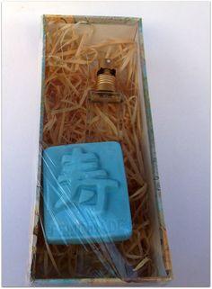 Perfumes com essências importadas : confira no site de vendas : http://glaucoartesanato.com.br