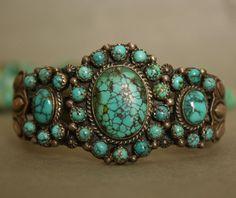 Vintage Native American Navajo Sterling Silver Turquoise Cuff Bracelet D.Reevees #DReevees