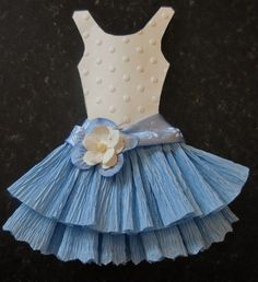 Well here they are at long last My Miniature Crepe Paper Dresses Theses are not the ones we are making on Sunday for my French Chic Wo. Paper Clothes, Paper Dresses, Barbie Clothes, Dress Card, Dress Up, Little Dresses, Flower Girl Dresses, Origami Dress, Crepe Paper