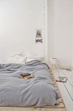 Light white and grey minimalistic bedroom.  #bedroomgoals