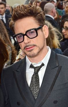 Robert Downey Jr attends the premiere of 'Iron Man at Odeon Leicester Square in London. Robert Downey Jr attends the premiere of 'Iron Man at Odeon Leicester Square in London. Robert Downey Jr., Iron Man Robert Downey, Susan Downey, Iron Man 3, Robert Downing Jr, Robert Jr, Iron Man Tony Stark, Man Thing Marvel, Downey Junior