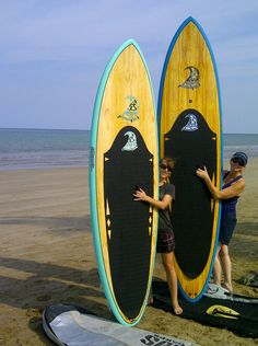"""Linda and Rebecca in Oman...stoked SUP Sports clients...    11/23/12  Subject: Aloha from Muscat, Oman!     As you can see the blue Mahalo arrived safe and sound!     Rebecca loves her 9'2"""" Seafoam WD.   We were out this morning on Sea of Oman - just beautiful!   If we kept paddling out we would hit the coast of Pakistan and Iran!     Thanks for your excellent customer service!  Regards to the team that packed our second board so well.     Aloha,   Linda and Rebecca :-) (Muscat, Oman)"""