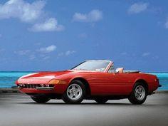 The Iconic Ferrari 365 Daytona Spyder Classic Sports Cars, Best Classic Cars, Luxury Car Brands, Luxury Cars, Luxury Auto, Convertible, Royce Car, Automobile, Ferrari 360