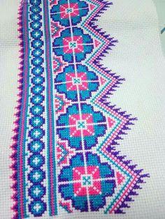 Cross Stitch Borders, Cross Stitch Rose, Cross Stitch Flowers, Cross Stitch Designs, Cross Stitching, Cross Stitch Patterns, Embroidery Patterns Free, Hand Embroidery Stitches, Embroidery Art