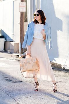 pleats please (Cheap Monday light wash denim moto jacket + lace top + Banana Republic pleated maxi skirt + Dolce Vita heels + Karen Walker sunnies + Rebecca Minkoff satchel + House of Harlow jewelry) Spring Fashion, Autumn Fashion, Cute Outfits With Leggings, Spring Scarves, Romantic Outfit, Skirt Outfits, Rock Outfits, Facon, Spring Outfits