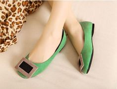 Green Fashionable Suede Flats with Bold Buckle Accent
