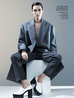 fashion editorials, shows, campaigns & more!: menswear inspiration: tao okamoto by josh olins for vogue china august 2013 Tao Okamoto, Vogue China, Suits For Women, Women Wear, Mode Editorials, Fashion Editorials, Fashion Poses, Masculine Style, Androgynous Fashion