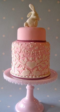 Easter: A cake for Amelie by nice icing, via Flickr