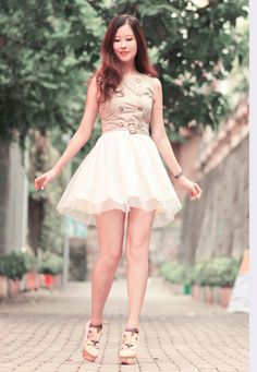 Modern-Korean-Summer-Spring-2014-Short-Dresses-1.jpg 980×1,418 pixels