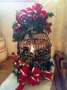 Christmas Trimmings, Christmas Bird, Christmas Lanterns, Christmas Gift Decorations, Christmas Table Settings, Christmas Centerpieces, Rustic Christmas, Christmas Wreaths, Christmas Crafts
