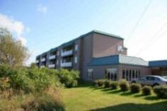 Sainte Anne de Beaupre (QC) Hotel Quality Suites Canada, North America Hotel Quality Suites is perfectly located for both business and leisure guests in Sainte Anne de Beaupre (QC). Featuring a complete list of amenities, guests will find their stay at the property a comfortable one. 24-hour front desk, facilities for disabled guests, express check-in/check-out, Wi-Fi in public areas, car park are there for guest's enjoyment. Designed for comfort, selected guestrooms offer air...