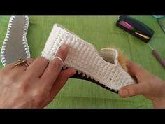 Emelce Günlümce Home Shoes Booties Model - Shoes Crochet Boots, Crochet Slippers, Knit Crochet, Sock Shoes, Shoe Boots, Crochet Stitches, Crochet Patterns, Baby Boots, Crochet Videos