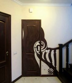 wonders of Tim Burton - Home Decorations Trend 2019 Objet Wtf, Gothic House, Painted Doors, Photos Of The Week, My New Room, Wall Murals, Cool Photos, Street Art, Room Decor