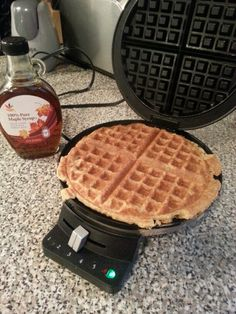 """21 day fix greek yogurt + oat waffles (1Y and 1R for 2 waffles!) Use 1 Y Rolled Oats and 1/2 Red Greek Yogurt. Grind the oats in food processor or Ninja to make """"Oat Flour"""" then use the recipe below: Recipe adapted from http://fitformotherhood.com/greek-yogurt-waffles/. Add whatever toppings you'd like....fruit, pure maple syrup, or even natural PB."""