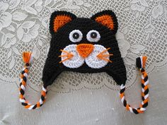 Black and Orange Full Face Halloween Kitty - Crocheted Hat - Photo Prop - Available in Any Size or C Modern Crochet Blanket, Baby Blanket Crochet, Crochet Baby, Knit Crochet, Crochet Kids Hats, Cotton Blankets, Halloween Cat, Baby Hats, Crochet Projects