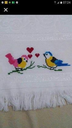 Bunun sablonu var mi acaba Crochet Fabric, Shag Rug, Hand Embroidery, Cross Stitch Patterns, Stitching, Anna, Kids Rugs, Model, Cross Stitch Embroidery