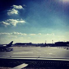 "@nerorism's photo: ""どうして空港関係者は美人が多いのか?"""