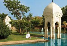Oberoi Rajvilas gardens. Jaipur, India