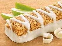 No need to hit the drive-thru when you have the Nutrisystem Apple Strudel Bar! Real apples are perfectly blended with cinnamon in this crispy, delicious Nutrisystem breakfast bar. Breakfast Bars, Breakfast Items, Diet Breakfast, White Chocolate Icing, Chocolate Flavors, Cooking Forever, Chef's Choice, Food To Go, Quick And Easy Breakfast