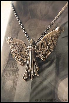 The Infernal Devices Clockwork Angel Necklace For Sale USD Shipping… Angel Aesthetic, Book Aesthetic, Tessa Gray, Clockwork Princess, Clockwork Angel, Cassie Clare, Cassandra Clare Books, Angel Necklace, The Dark Artifices