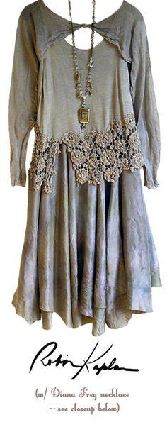 Robin Kaplan, vintage lace lagenlook dress