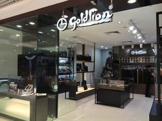Head down to our newly opened GOLDLION ACCESSORIESHOP at Parkway Parade (#01-24)! With our wide array of fine leather goods and accessories, you will be spoiled for choice!