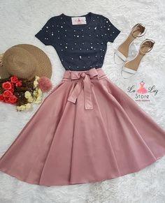 Look mega maravilhoso que você encontra na Luz Ro. - - Look mega maravilhoso que você encontra na Luz Ro… – – Kochen – Source by - Pretty Outfits, Pretty Dresses, Beautiful Dresses, Cool Outfits, Casual Outfits, Cute Fashion, Modest Fashion, Teen Fashion, Fashion Dresses