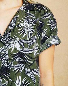 Camisa Estampado Tropical Oversized Negro XS One Shoulder, Blouse, Tops, Women, Fashion, Tropical Prints, Shirts, Black, Style