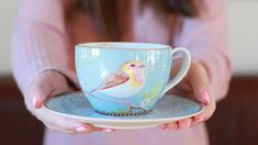 Pretty bird cup  YouTube channel: https://m.youtube.com/channel/UCsXIxMuqv0I5cAW3LCTD1lQ