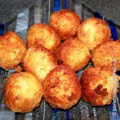 FRITTIERTE Reisbällchen mit MOZZARELLA-Füllung! Arancini di Riso - eine Spezialität aus Sizilien!