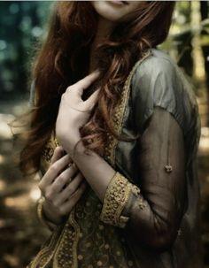 phoenix-warrior:  halls-of-nienna:  Untitled sur We Heart It.  *~A World of Pure Imagination~*