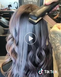 87 unique ombre hair color ideas to rock in 2018 - Hairstyles Trends Hair Curling Tips, Curl Hair With Straightener, Hair Curling Techniques, Hair Curler, Pastel Hair, Ombre Hair, How To Bayalage Hair, Pastel Red, Rainbow Pastel