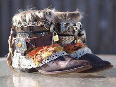 Upcycled Custom REWORKED vintage festival boho by TheLookFactory Boots Boho, Gypsy Boots, Cowgirl Boots, Western Boots, Vintage Fur, Vintage Denim, Upcycled Vintage, Vintage Festival, Boho Festival