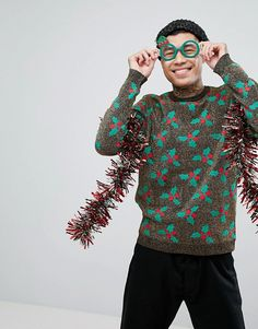 http://www.asos.de/asos/asos-weihnachtlicher-pullover-mit-stechpalme-aus-lurex/prd/8036188?clr=mehrfarbig&SearchQuery=weihnachtspullover&pgesize=115&pge=0&totalstyles=115&gridsize=3&gridrow=5&gridcolumn=2