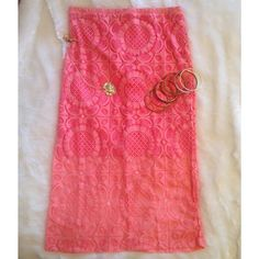 "Coral Lace Lined Pencil Skirt NWOT Beautiful coral lace lined pencil skirt. Size small. Back zip and button closure. Waist measures 14.25"" laying flat. Small amount of stretch. Purchased from boutique and never worn. No tags inside. Length is 30"". ❌NO TRADES ❌ NO PP❌NO LOWBALLING ❌ Boutique Skirts Pencil"