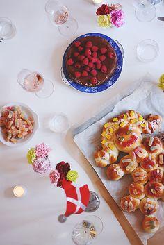 Emily Salomon » Pigefødselsdag med kagekone… og Moules Frites og Gateau Marcel