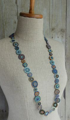 """""""Chips"""" linen necklace 
