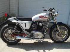 Yamaha XS650 Cafe Racer - Right Side