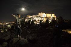 «Super Moon»: Η μεγαλύτερη Πανσέληνος των τελευταίων 70 ετών φωτίζει την Ακρόπολη Amazing Destinations, Cyprus, Homeland, Athens, My Eyes, Greece, Journey, City, Beautiful