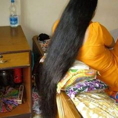 Very beautiful very long hair. It looks very sweet. I wonder the last time it was cut. Indian Long Hair Braid, Braids For Long Hair, Open Hairstyles, Indian Hairstyles, Hair Girls, Super Long Hair, Beautiful Long Hair, Shoulder Length Hair, Thick Hair