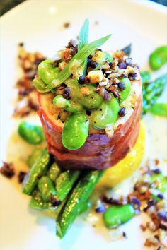 Less than half a mile from historic Hotel Petaluma is Bistro 100 Private Chef, Fresh Seafood, The Best, Petaluma California, Food And Drink, Menu, Dining, Ethnic Recipes, Desserts
