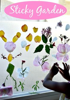 sticky garden as spring activities for kids - Contact paper sticky side out, add the flowers and nature! Educational Activities, Toddler Activities, Preschool Activities, Dementia Activities, Toddler Crafts, Crafts For Kids, Kids Picnic, Picnic Ideas, Garden Theme
