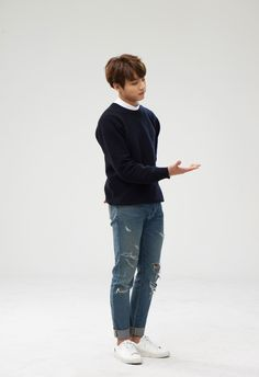 #bangtan #jungkook - oooooo... Jungkook jeans..... that's rare..... behold, the beauty!