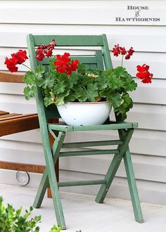 Summer back porch decorating ideas with an eclectic style. Easy DIY and decor inspiration for your porch or patio this summer. Planter Pots, Porch, House, Garden, Ideas, Home Decor, Terrace, Homemade Home Decor, Home