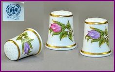 HOLLOHAZA HUNGARY THIMBLE - FLOWERS
