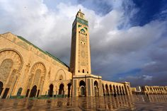 Hassan II Mosque - Casablanca's landmark building, the Hassan II Mosque is a lavish symbol not only of the city, but also of Morocco itself. This modern mosque (finished in 1993) doesn't do things by halves. The decoration detail covering every centimetre of the mammoth 2 ha site took 10,000 artisans to complete. Intricately carved marble pieces, vibrant mosaics and zellige tile details pay tribute to traditional Islamic architecture, and yet still manage to feel contemporary.